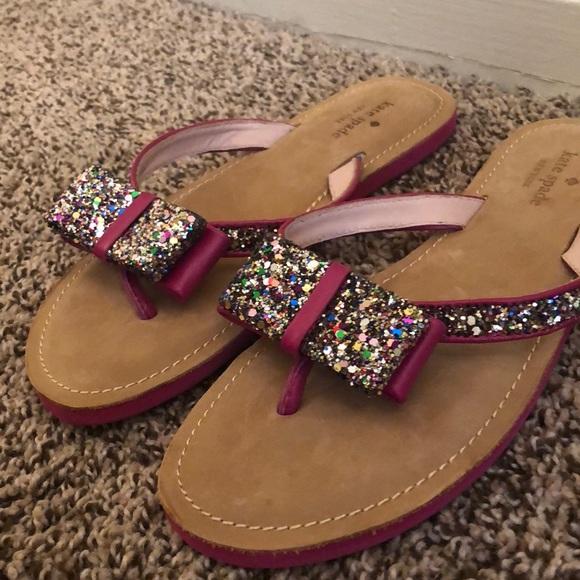 3dc980dc03b1 kate spade Shoes - NWOT Kate Spade glitter bow flip flops